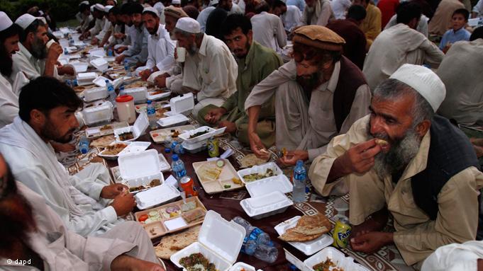 Ramadhan dan Sanksi Bagi Mereka yang Tidak Puasa