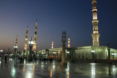 Masjid Nabawi di Madinah Saudi Arabia
