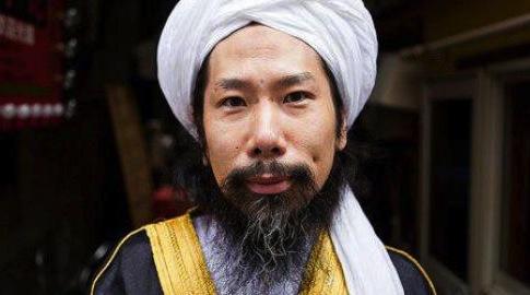Taki Takazawa mantan yakuza jadi imam masjid di jepang