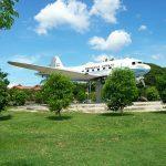 Pesawat Dakota RI-001 (Seulawah) di Lapangan Blang Padang Banda Aceh (Ist)