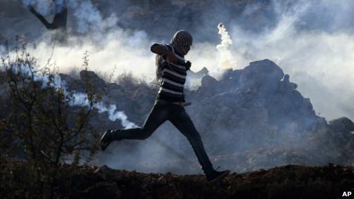 Israel Serang 4 Kantor Media di Palestina