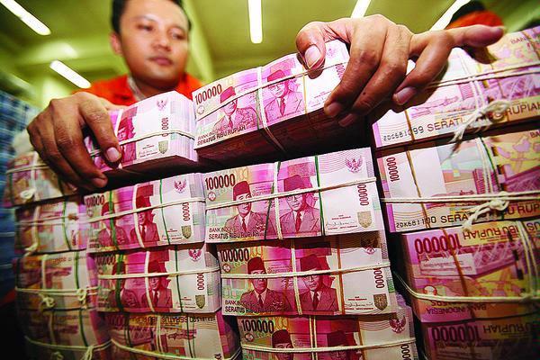 Uang duit (lensaindonesia.com)