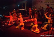 Penampilan tari di Piasani Seni Banda Aceh 2012 (Dok. Panitia Piasan Seni 2012)