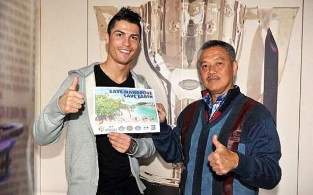 Tomy dan Ronaldo
