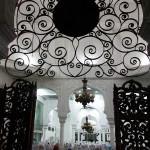 Suasana jamaah shalat tasbih di dalam masjid (M Iqbal)