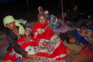 Pasca Gempa, Warga Enggan Kembali ke Rumah dan Waspada Gempa Susulan