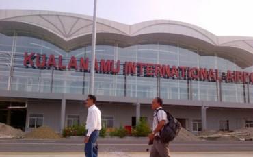 Bandara Internasional Kualanamu Dipadati Pengunjung