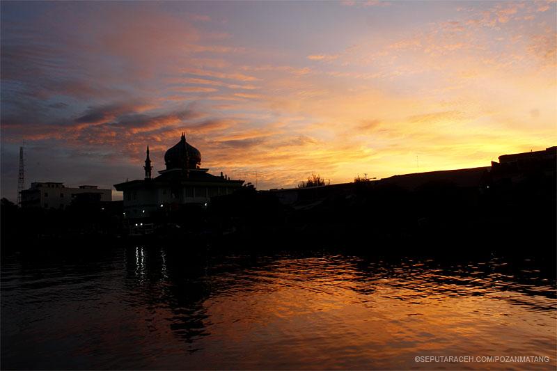 Sunsire di Lampulo, Peunyong Banda Aceh