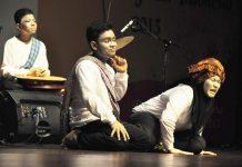 Festival Nasional Seni Pertunjukkan Indonesia 2013