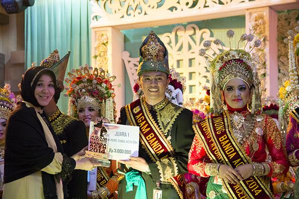 Agam Inong Banda Aceh 2014