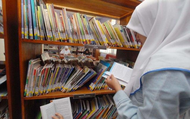 Hari Buku Sedunia (Foto ANTARA/Adeng Bustomi)
