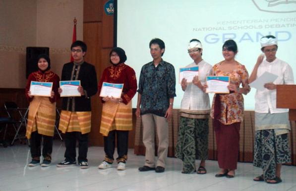 Aceh juarai lomba debat bahasa inggris (generasiindonesia.com)