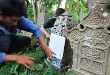 Rubbing nisan Plak-Plieng di gampong Lambhuk, Banda Aceh (Foto M Iqbal/SeputarAceh.com)