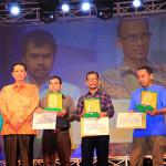 Enam insan para penerima anugerah seni di Hari Kesenian Daerah Aceh (Foto M Iqbal/SeputarAceh.com)