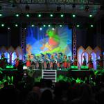 Sejumlah pengunjung HKD Aceh 2014 menyaksikan sejumlah pertunjukan kesenian daerah (Foto M Iqbal/SeputarAceh.com)