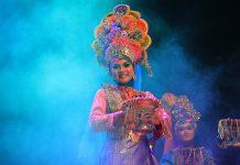 Tari ranup lampuan sebagai pembuka piasan seni 2014 (Foto M Iqbal/SeputarAceh.com)