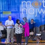 Najwa mewawancara penjual ketoprak (Foto M Iqbal/SeputarAceh.com)