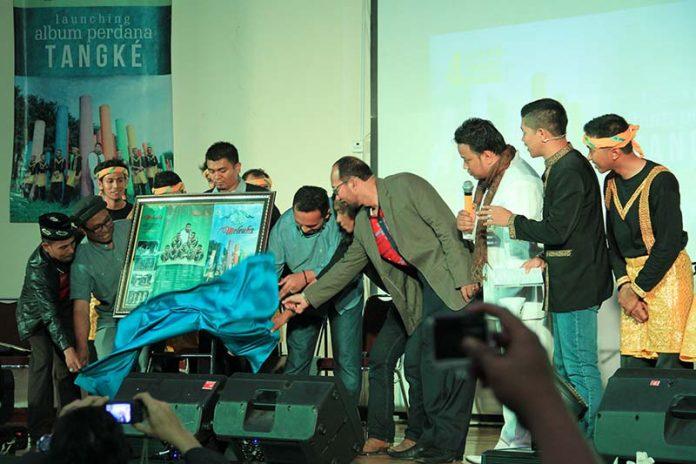 Launching album perdana Tangke 'Meuleuha' dihadiri oleh Rafly musisi Aceh, Kadisbudpar Aceh, Wakil Rektor UIN (Foto M Iqbal/SeputarAceh.com)