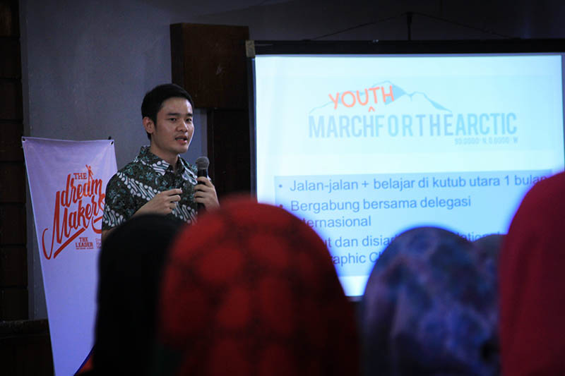 Dokter muda, Rudi Kurniawan ikut berbagi inspirasi acara Dream Maker Camp di Aula Rumoh PMI (Foto M Iqbal/SeputarAceh.com)