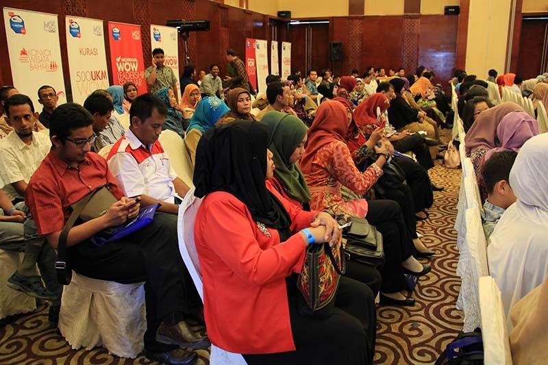 Sejumlah peserta dalam berbagai kalangan hadir di Indonesia Marketeers Festival 2015 di Ball Room Hermes Hotel, Banda Aceh (Foto M Iqbal/SeputarAceh.com)