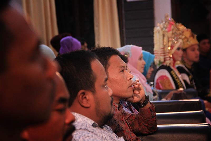 Bupati Aceh Besar hadir dalam acara pemilihan Duta Wisata Aceh Besar di Desa Lubok Sukon (Foto M Iqbal/SeputarAceh.com)