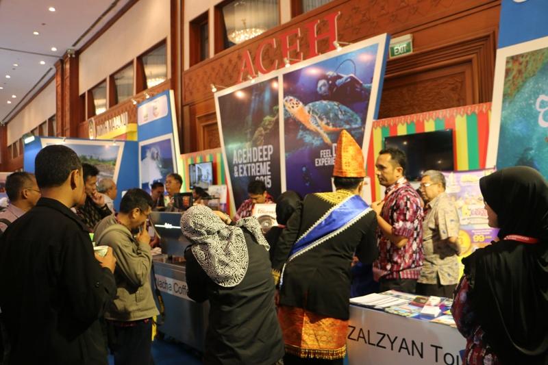 Stand Aceh di Deep dan Extreme Indonesia 2015 yang diketuai langsung Kadisbudpar, Reza Fahlevi (Foto IST)