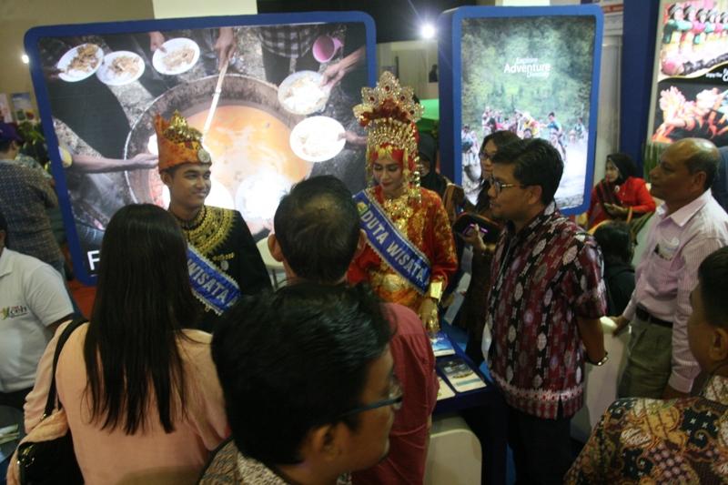 Duta Wisata Aceh juga ikut serta dalam Gebyar Wisata dan Budaya Nusantara 2015 (Foto IST)