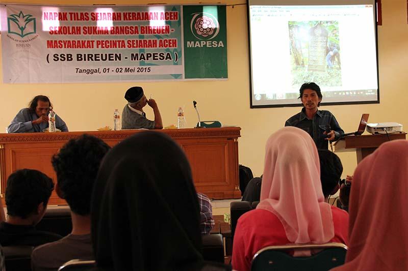 Siswa SMA Sukma Bangsa-Bireuen mengikuti diskusi akhir pekan di aula Badan Pelestarian Nilai Budaya, Banda Aceh (Foto M Iqbal/SeputarAceh.com)