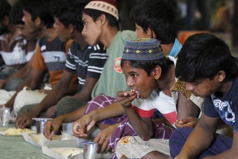 rohingya-muslims-malaysia-indonesia