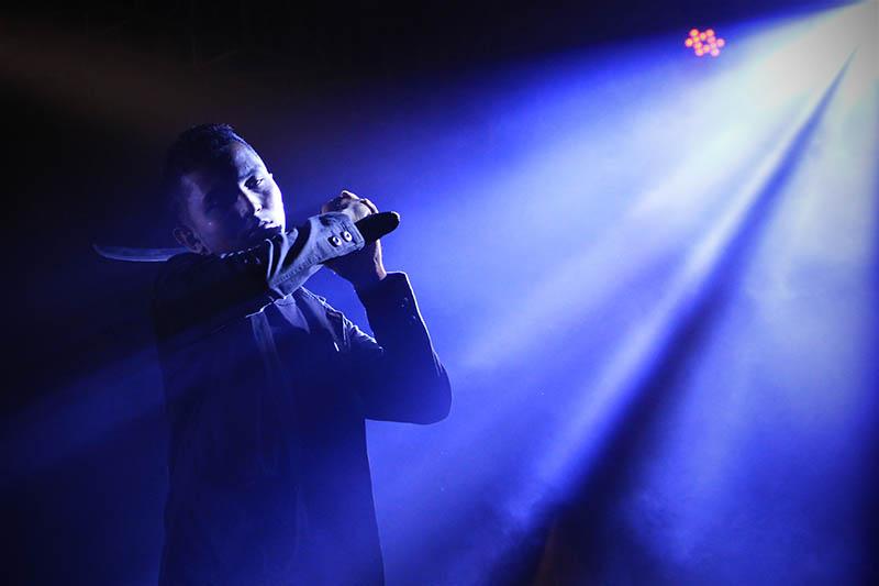 Atraksi debus tampil di acara Festival Sabang Fair (Foto M Iqbal/SeputarAceh.com)