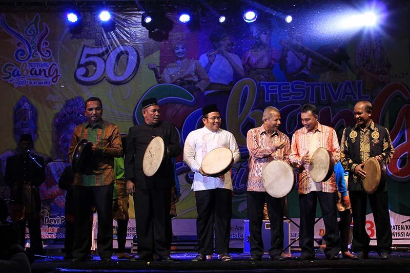 Pembukaan acara Festival Sabang Fair dihadiri oleh unsur Pemerintah Kota, Kementrian Pariwisata, dan Pemerintah Provinsi Aceh (Foto M Iqbal/SeputarAceh.com)