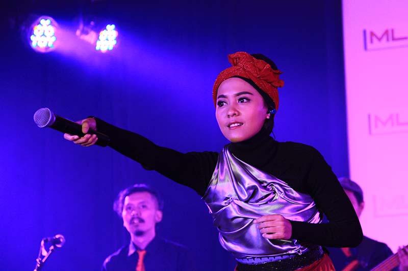 Lala Karmela tampil perdana acara MLD-Spot Jazz In Town di Ballroom Hermes Hotel, Banda Aceh (Foto M Iqbal/SeputarAceh.com)