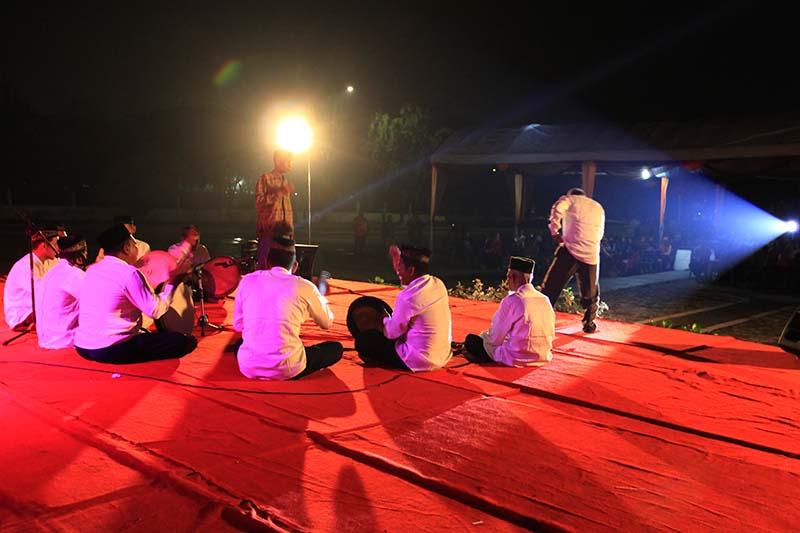 Penampilan Rapa-i Debus acara Eksibisi Pagelaran Seni Taman Sulthanah Safiatuddin, Banda Aceh (Foto M Iqbal/SeputarAceh.com)