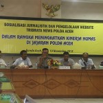 Kabid Humas Polda Aceh Komnes Pol T. Saladin, SH membuka acara sosialisasi jurnalistik dan pengelolaan website tribratanewsaceh dan tribratanews Polres se Aceh di Aula Machdum Sakti, Polda Aceh, Senin dan Selasa (9-10/11/2015).