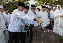 Bima Arya walikota Bogor ikut hadir ziarah makam massal di Ulee Lheue dalam rangka peringatan 11 tahun tsunami, Banda Aceh (Foto M Iqbal/SeputarAceh.com)