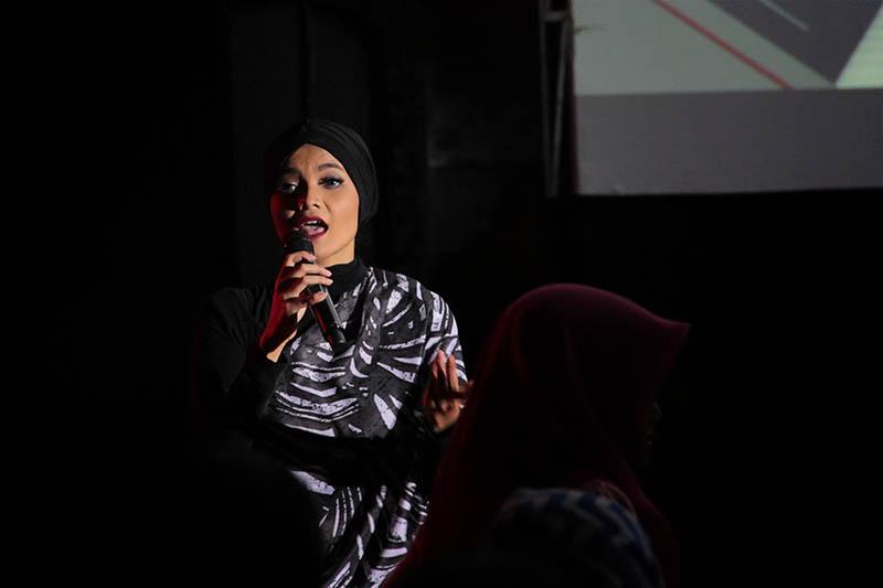 Citra Scholastika membawakan lagu 'Everybody Knew' acara MLD-Spot Jazz In Town di Ballroom Hermes Hotel, Banda Aceh (Foto M Iqbal/SeputarAceh.com)