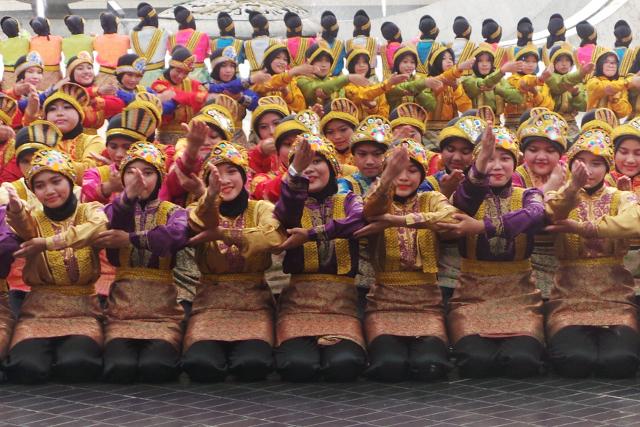 Tari Ratoh Jaroe_Disbudpar Aceh Akan Promosikan Wisata di HUT TMII