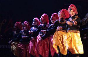Tari Brudihe dari Sanggar Seni Lembah Alas tampil dalam acara Culture of Alas di Open Stage Taman Budaya, Banda Aceh (Foto M Iqbal/SeputarAceh.com)