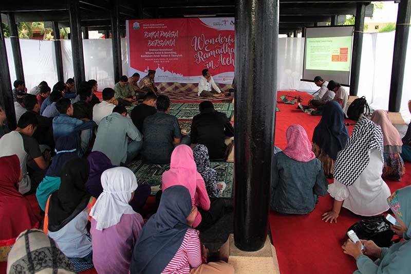Diskusi sosialisasi wisata halal dan branding di museum Aceh (Foto M Iqbal/SeputarAceh.com)