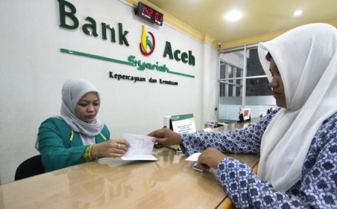teller-bank-aceh-syariah
